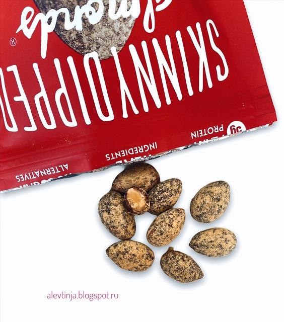 Навороченный миндаль - SkinnyDipped, Almonds, Dark Chocolate Peanut Butter