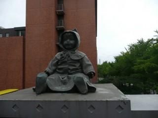 пугающяя кукла