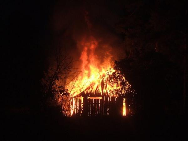 Сгорив сарай - гори и хата !