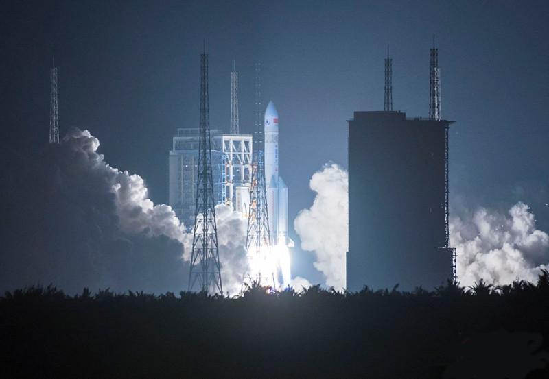 Китайский дракон рвётся в космос