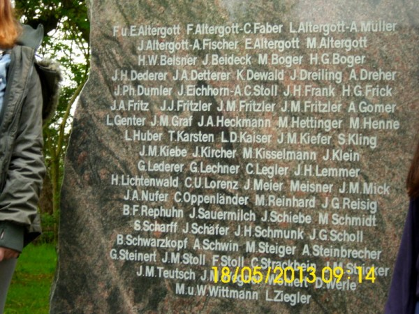 датские колонисты, камень1