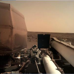 Sol 0: Instrument Deployment Camera (IDC)