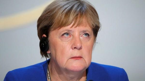 Бунт голландцев не состоялся, Германия сдалась Польше