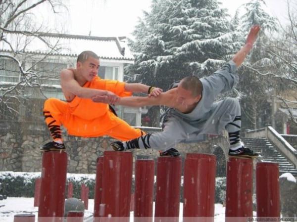 Тренировка в шаолиньском стиле