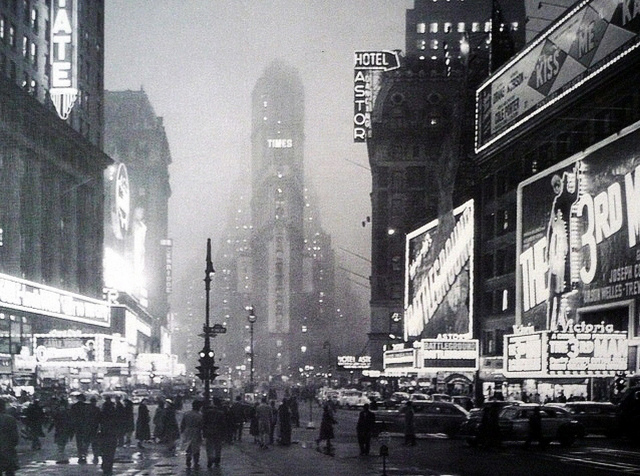 Times Square New York 1942