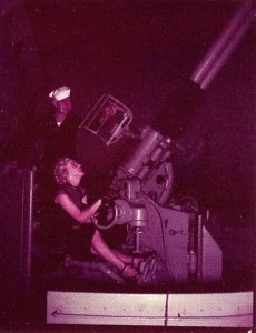 MM visiting the USS Benham (DD-796) 1951- with the Mk-33 3-in gun