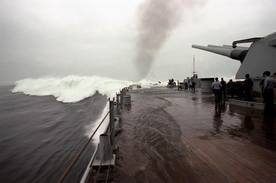 USS IOWA (BB-61) while underway - 1985