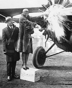 Nov 27 1928 AE christening plane of K_S_Parker wealthy fountain pen manufacturer