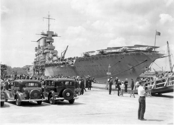 USS Saratoga (CV-3) - 1930 New York