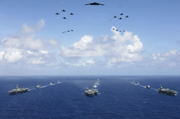 Valiant Shield 2006 excercises - Philippine Sea - June 17 2006 - carriers and planes