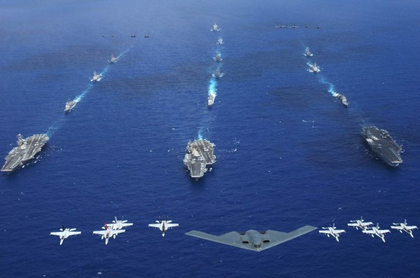 Valiant Shield 2006 excercises - Philippine Sea - June 17 2006 - 3 carriers and B2A - small
