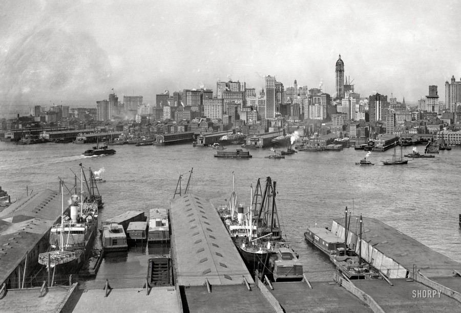 1907. The heart of New York  - Manhattan skyline from Brooklyn - 1