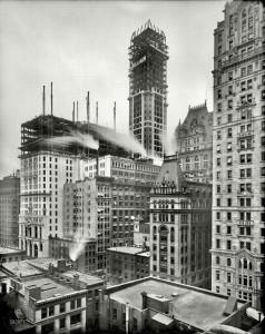 1907 год. Идет строительство Singer Building