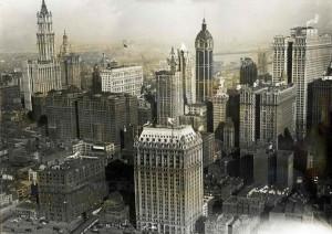 Вид на Манхэттен в 1919 г. - в центре Singer Building