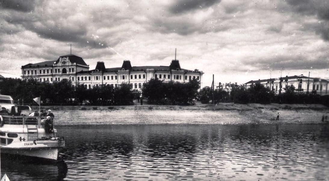 прав берег Оми 1957