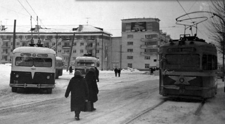 574-2 Площадь у Райисполкома советского 1960-е