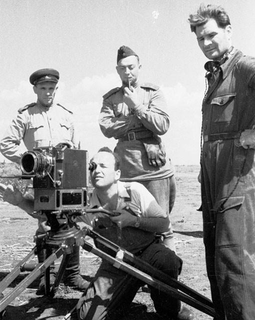 Киносъемка, М.Трояновский, 1943