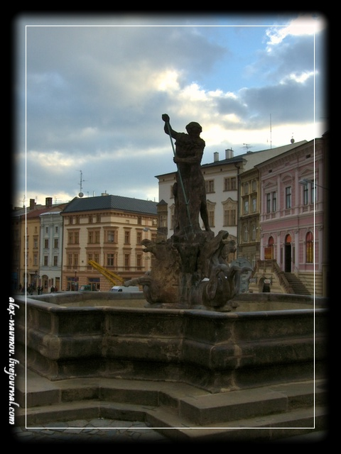 http://pics.livejournal.com/alex_naumov/pic/000tae2r.jpg