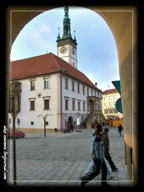 http://pics.livejournal.com/alex_naumov/pic/000tbz5w.jpg