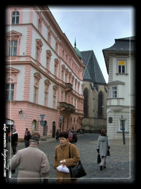 http://pics.livejournal.com/alex_naumov/pic/000wcqdg.jpg