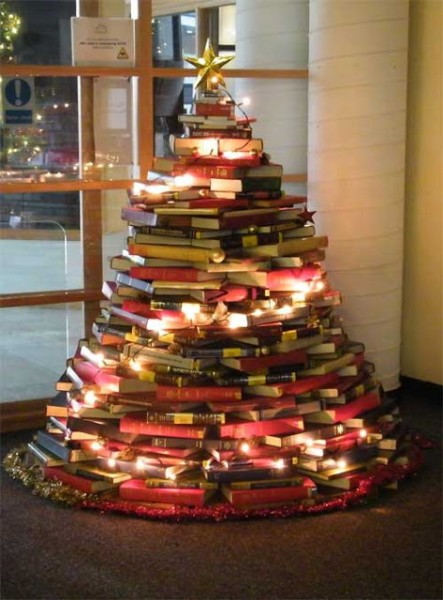 2012 Christmas tree out of library books