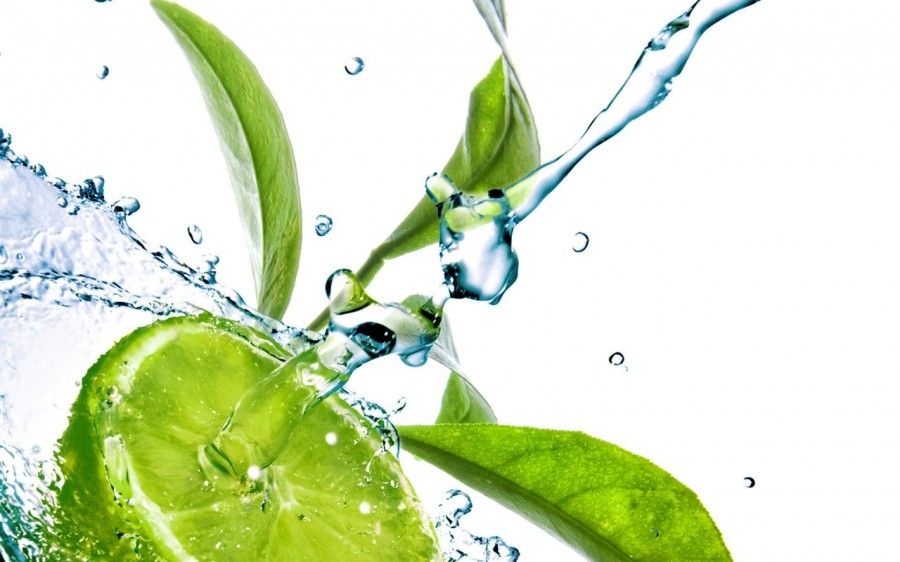 water_drops_on_leaves_2-1280x800