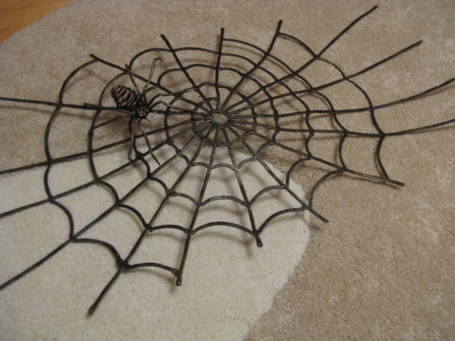 Кованый паук своими руками 156