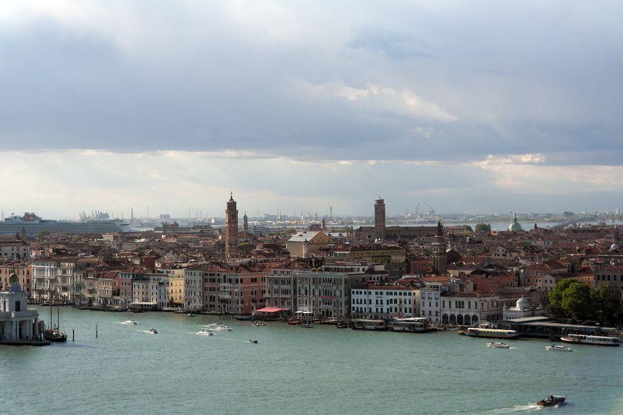 Выход из Большого Канала в Венецианскую лагуну
