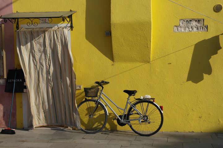 burano_yellow