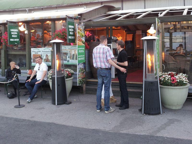 Турку (Або). Кафешка с живой музыкой