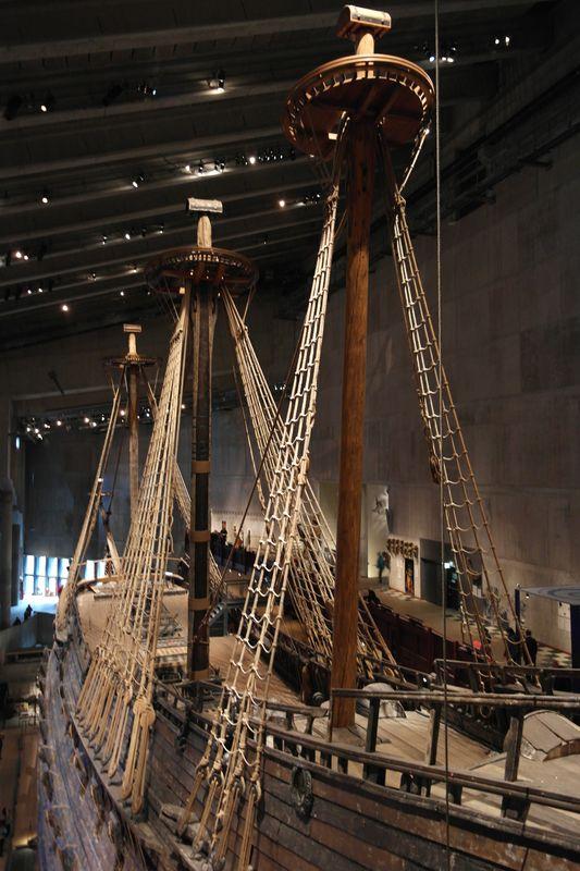 Стокгольм. Музей корабля Васа. Вид на корабль сверху