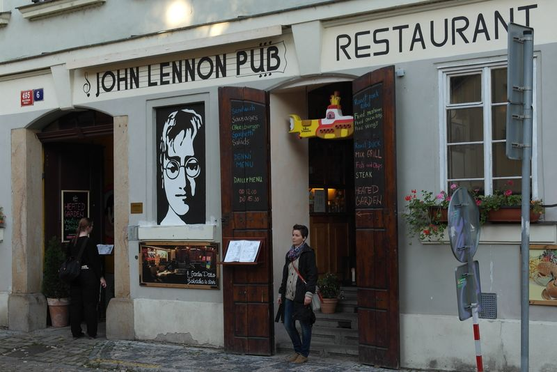 praha_lennon_pub