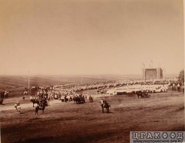 Парад Кавалергардского полка. Перед началом. 1 июля 1880 г
