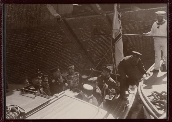 Александр Третий в Киле, 1892а