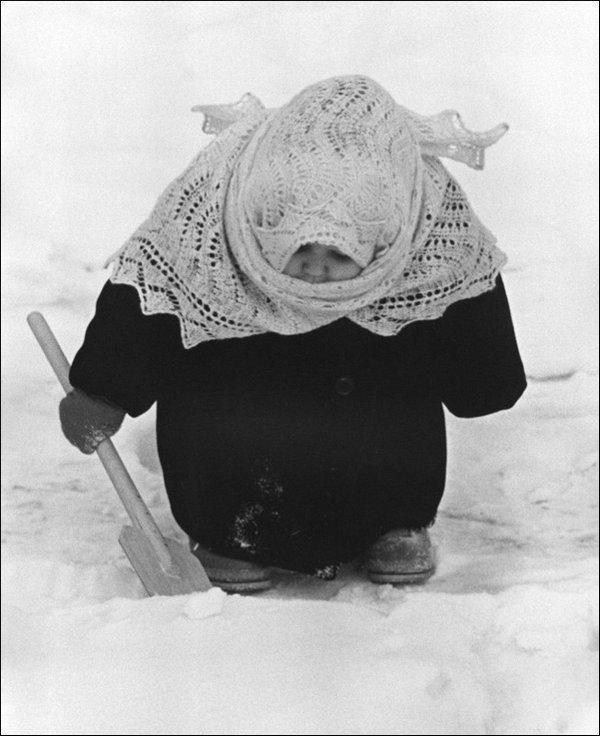 1363554918_soviet-childhood-03