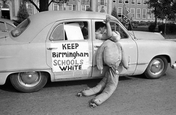 1. Имеется в виду Бирмингем в США. Источник https://www.politforums.net/historypages/1505394346.html
