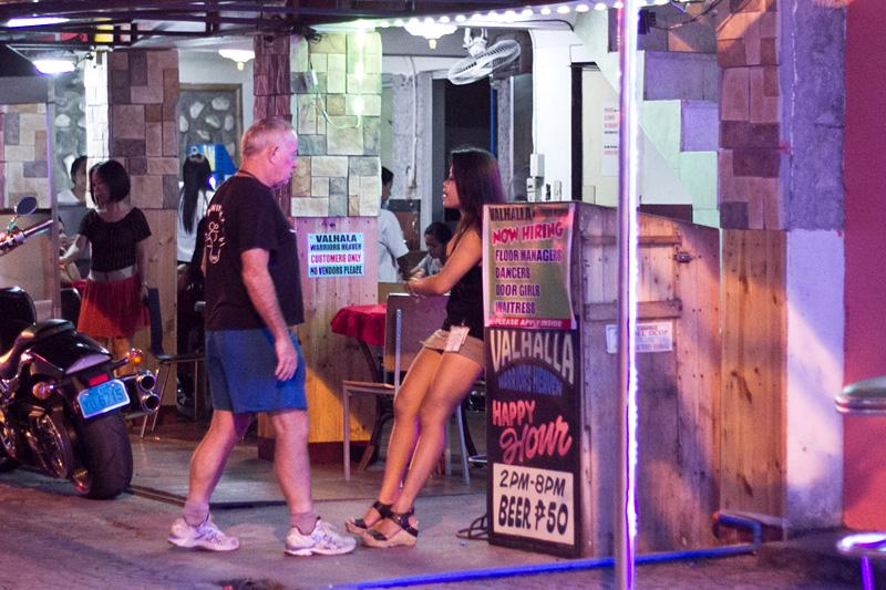 Шлюху на час Фонтанная ул. эротический массаж с скидкой в Санкт-Петербурге