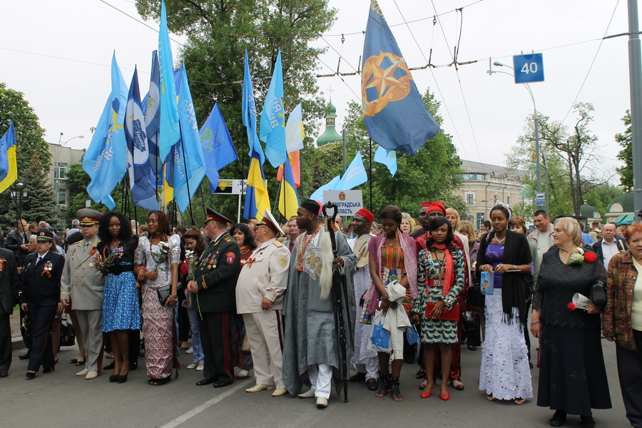 Партия Регионов и будущие жители Украины