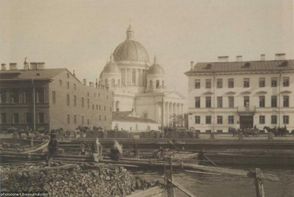 Вид на Троицко-Измайловский собор 1903