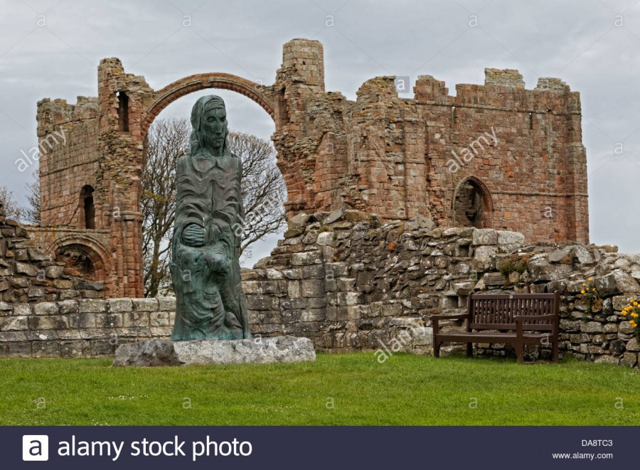 sculpture-of-cuthbert-of-farne-by-fenwick-lawson-at-lindisfarne-priory
