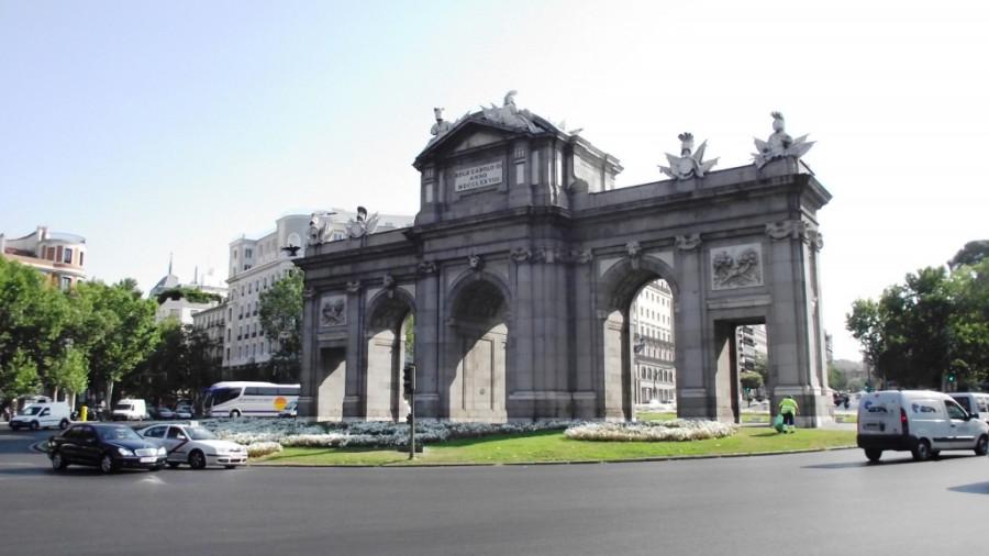 Puerta de Alcala - 02