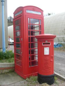 K6_Telephone_Box_and_Edward_VII_Pillar_Box_Amberley