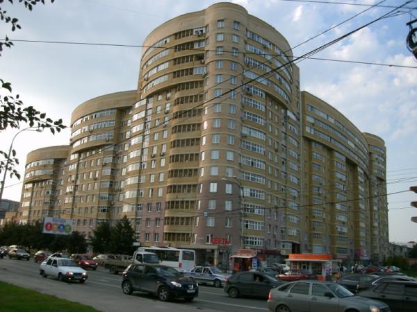 25_Напротив ул. Токарей 52 (у Минимарта)