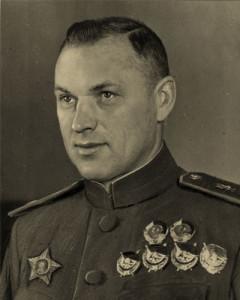 persona-photo-line01-1-rokoss-1896-1968