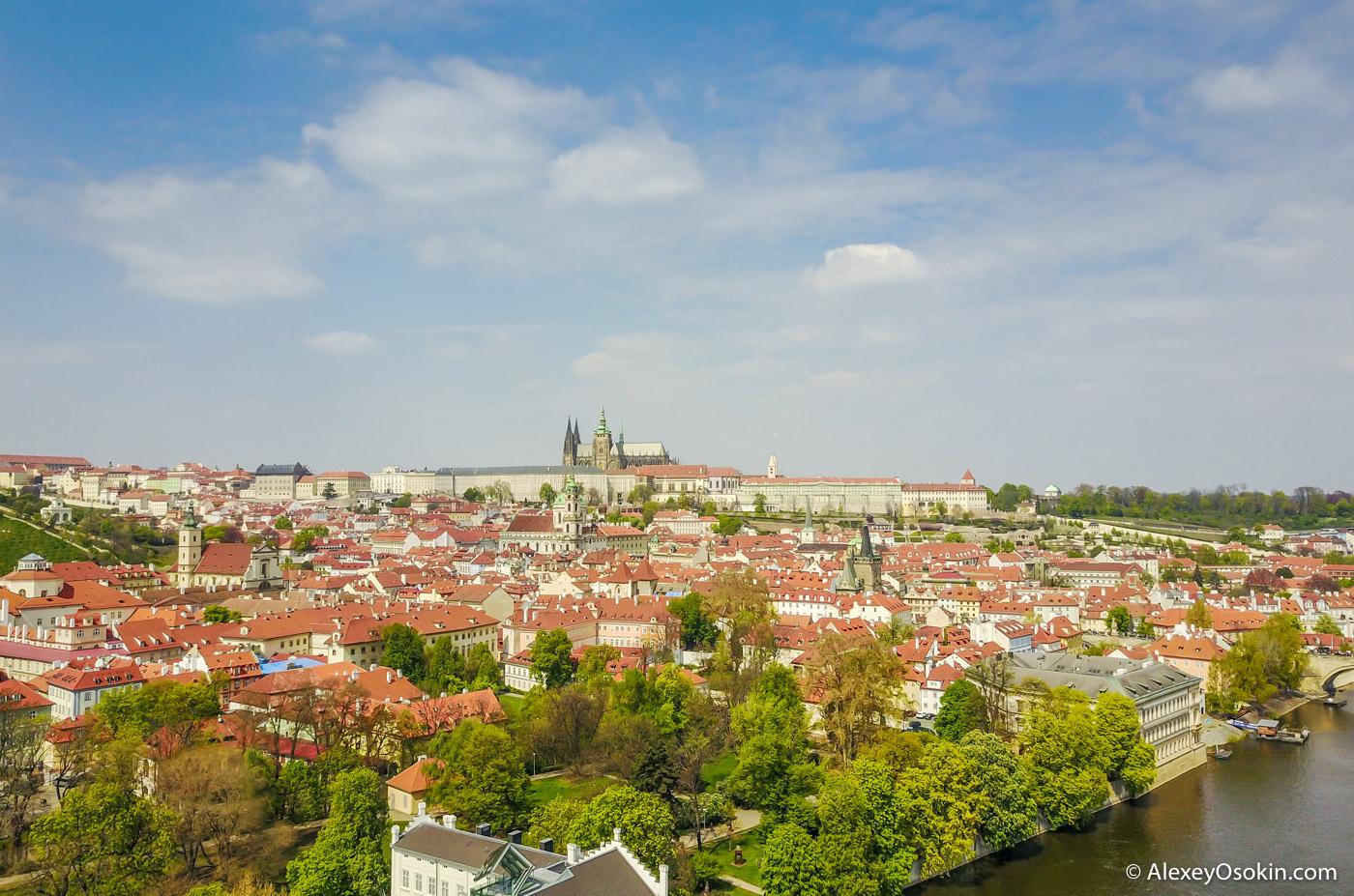 Прага c высоты птичьего полета. Рай для владельцев дронов.