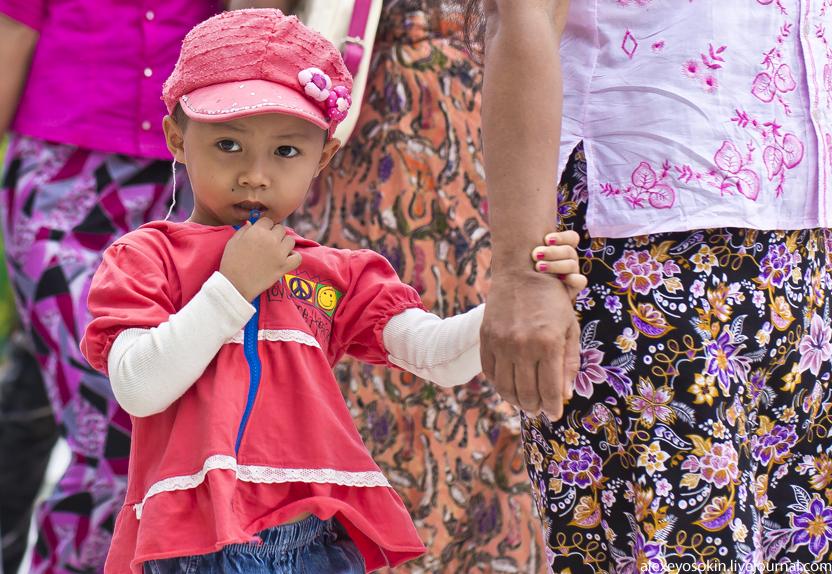 shwedagon_11_kid_832