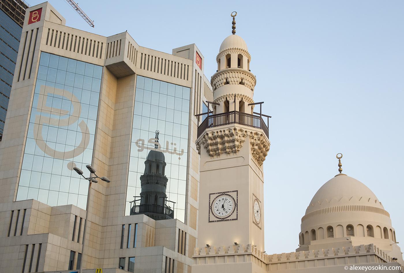 Bahrain_walk_03_ao
