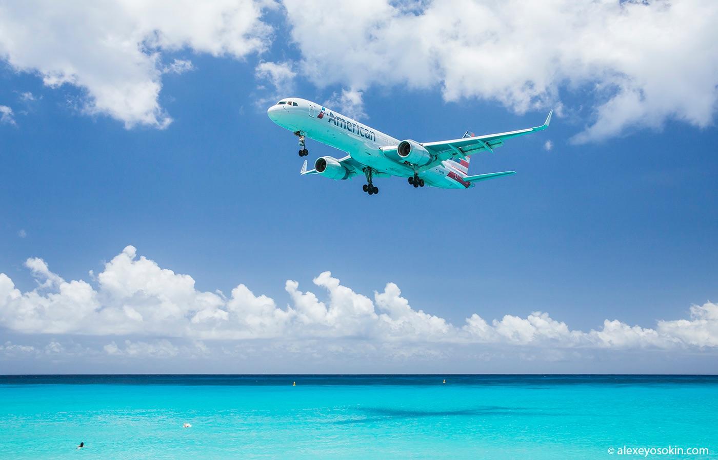 st_martin_airplane_AO_1010.JPG