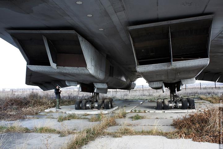 4-х двигателей НК-144.