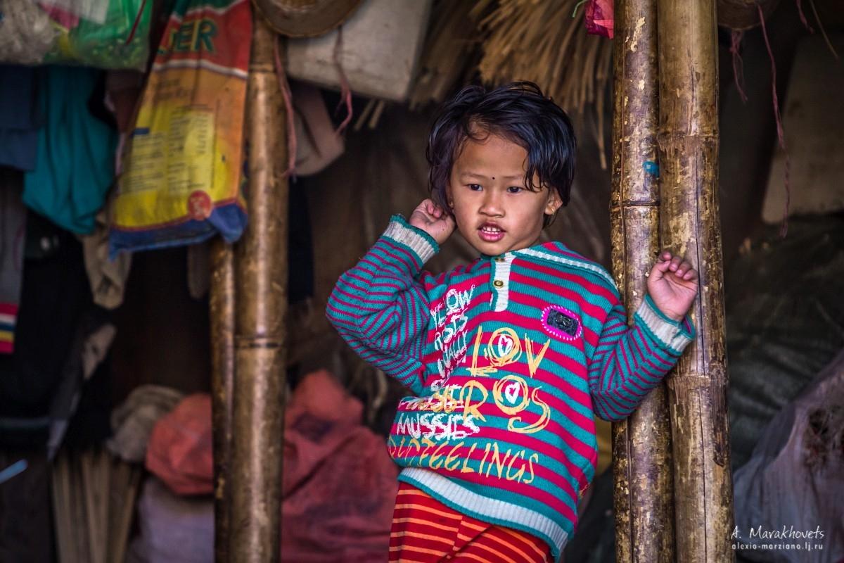 Непал, Катманду, дети